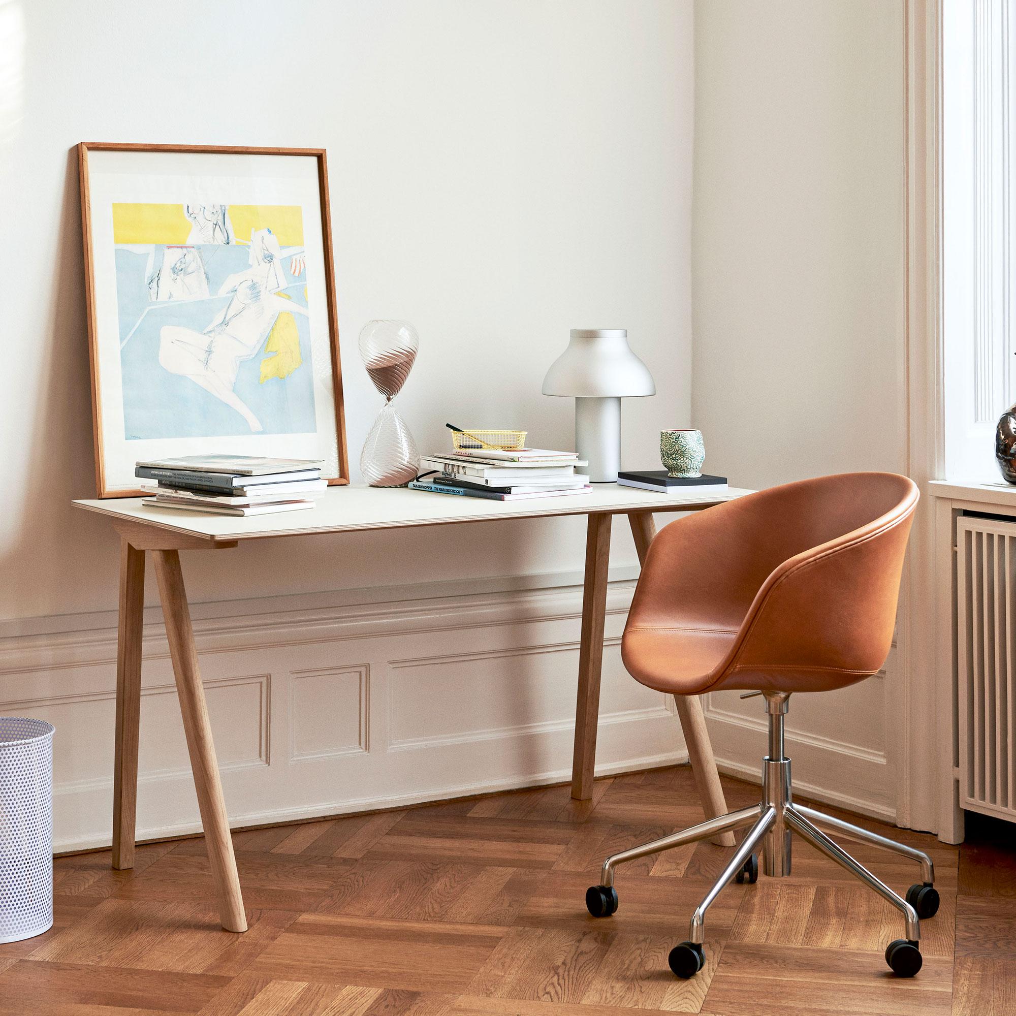 Copenhague CPH 90 130x65 cm Off White Linoleum Matt Lacquered Oak Base