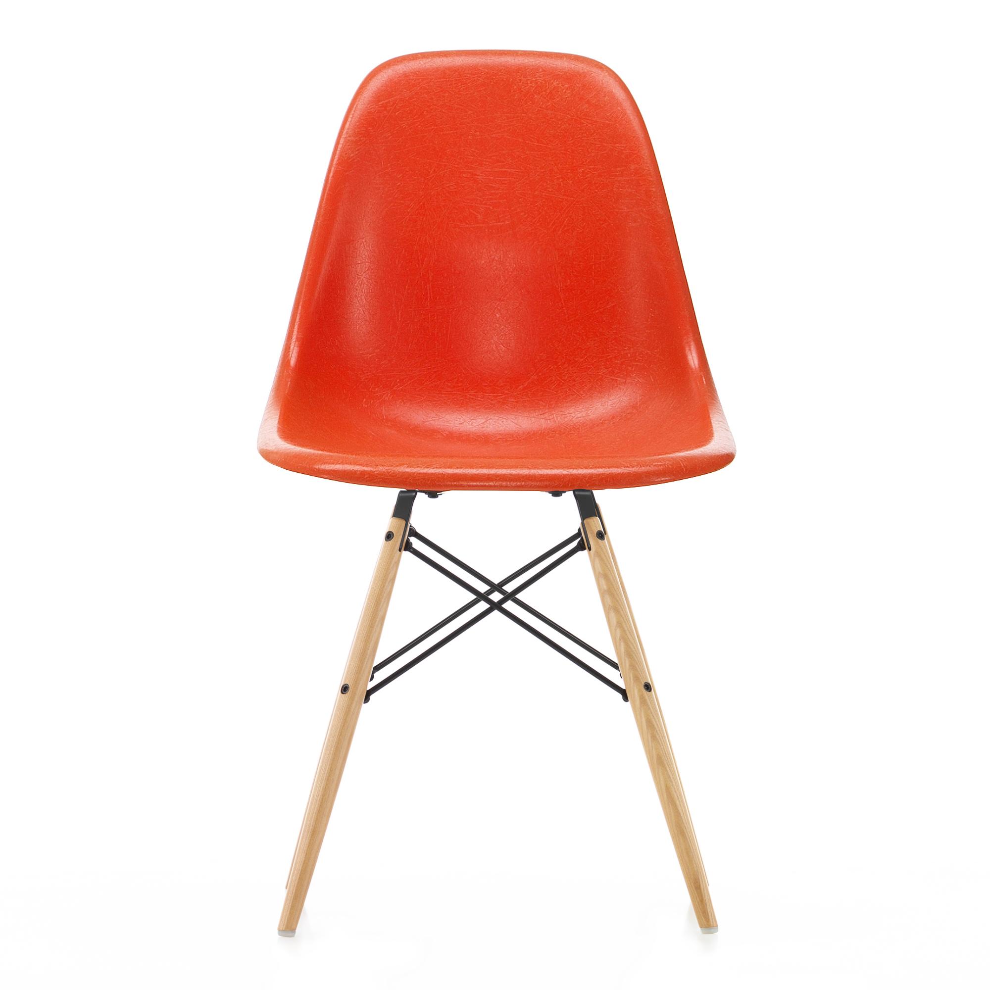 Eames Fiberglass Chair DSW Parchment Ash Honey Tone