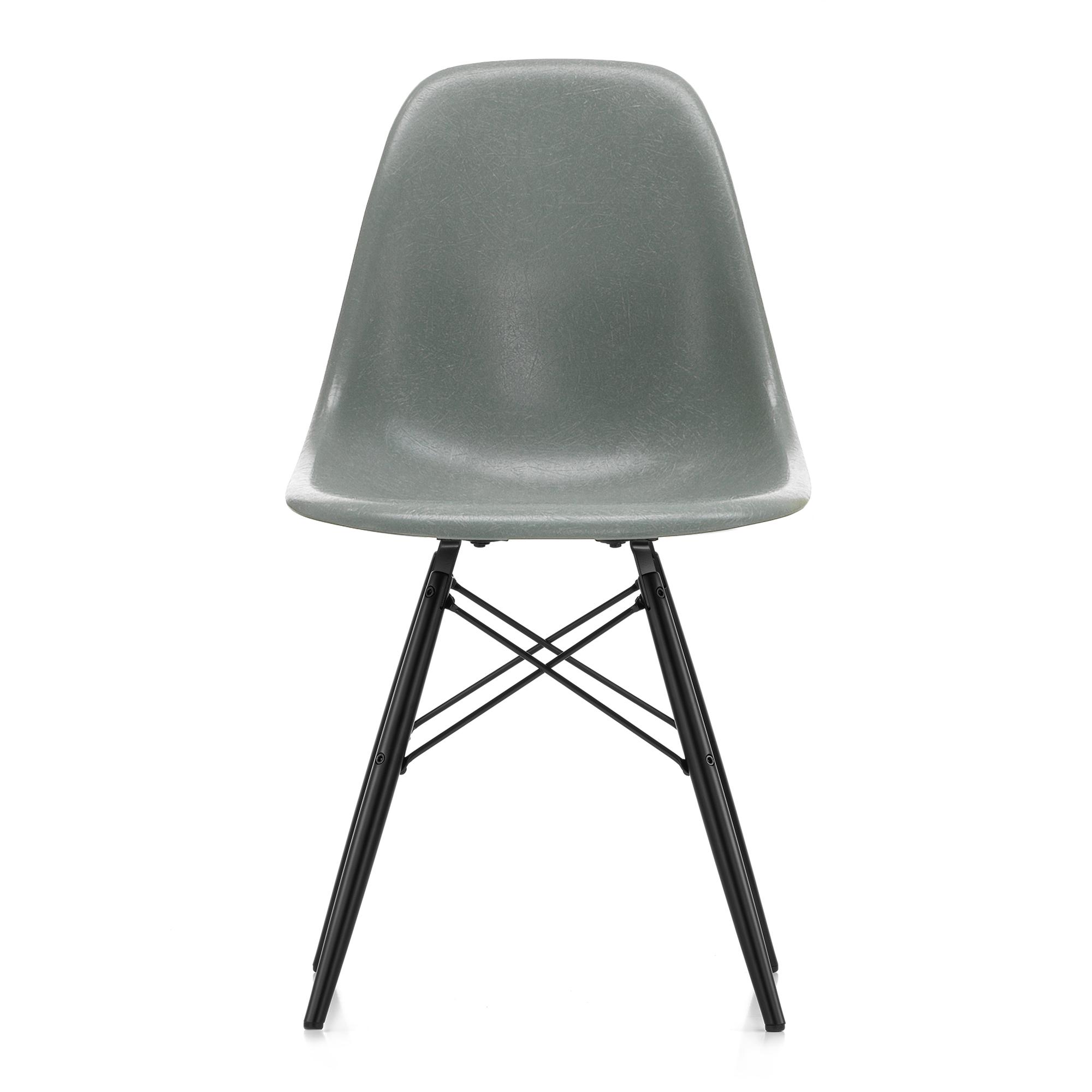 Herlig Eames Fiberglass Chair DSW Sea Foam Green Black Maple STOL | Vitra CS-32